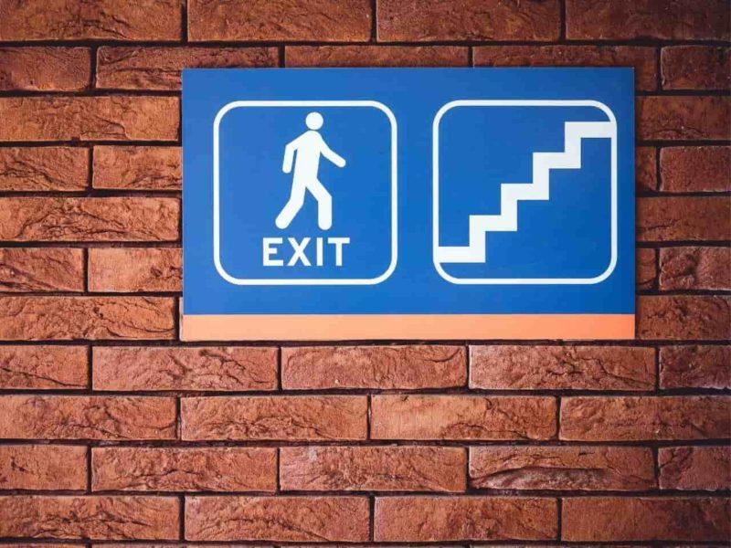 出口の標識