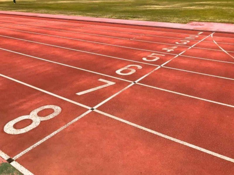 陸上競技場のゴールライン